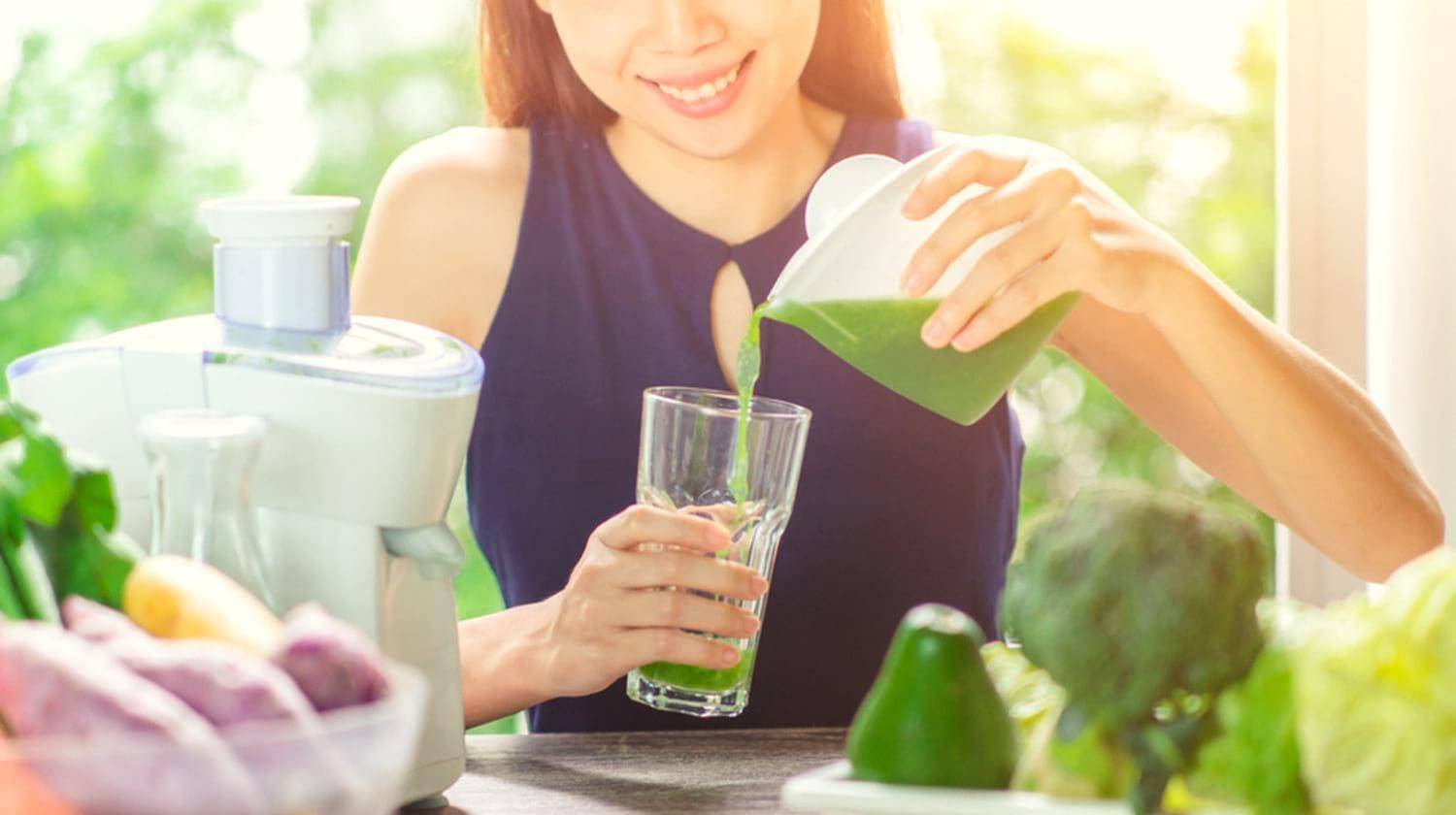 Featured | Young Asian Woman Happy Drinking Fresh Green Detox Vegetable Juice | Essential Health Benefits of Eating Leafy and Green Vegetables