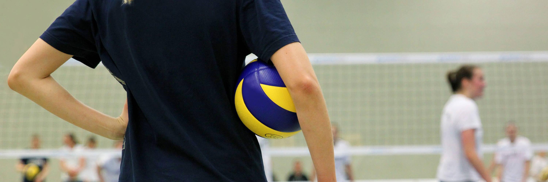 Custom Volleyball Teamwear