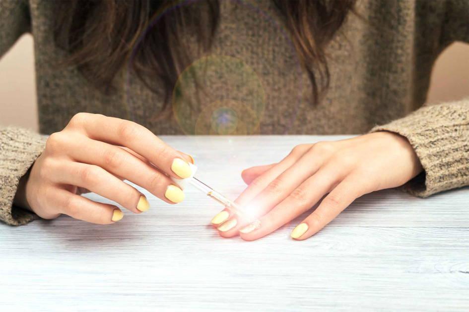 couche de finition ongles