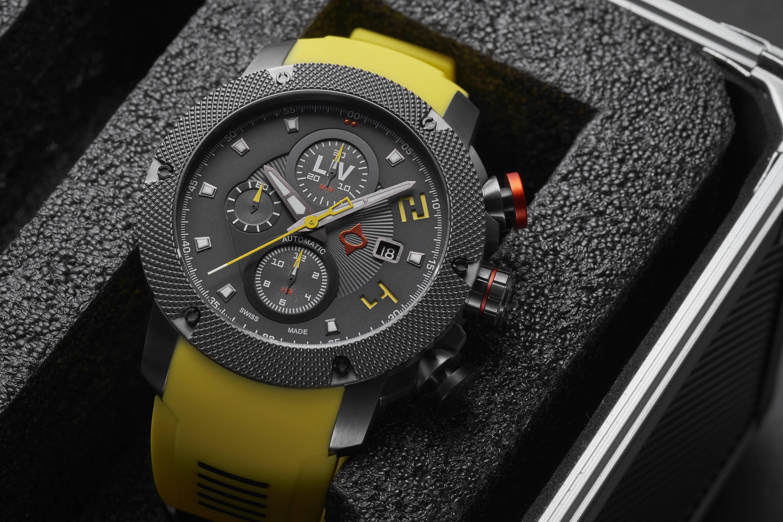 LIV GX-AC in Venom Yellow