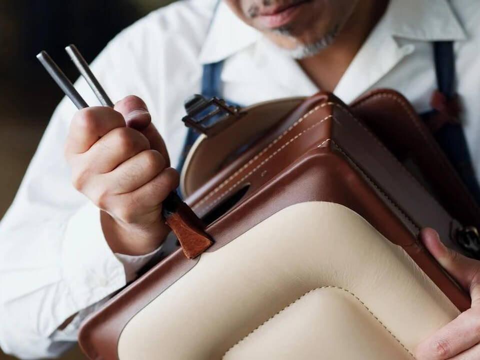 土屋鞄的小學生書包便成為家人送給孩子們的首選