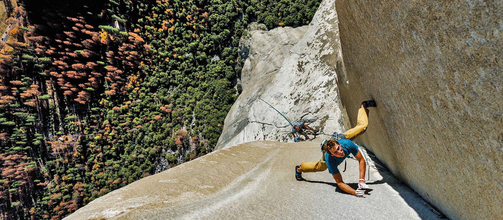 Patagonia models rock climbing