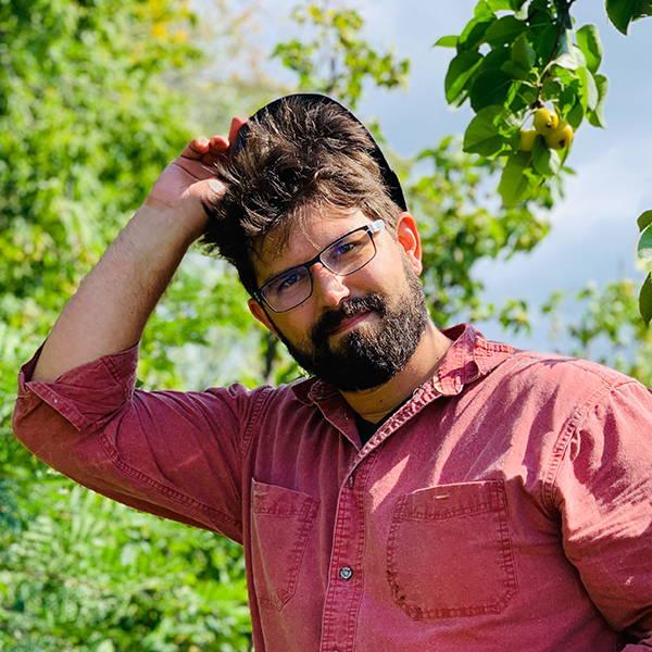 Author Zach Loeks