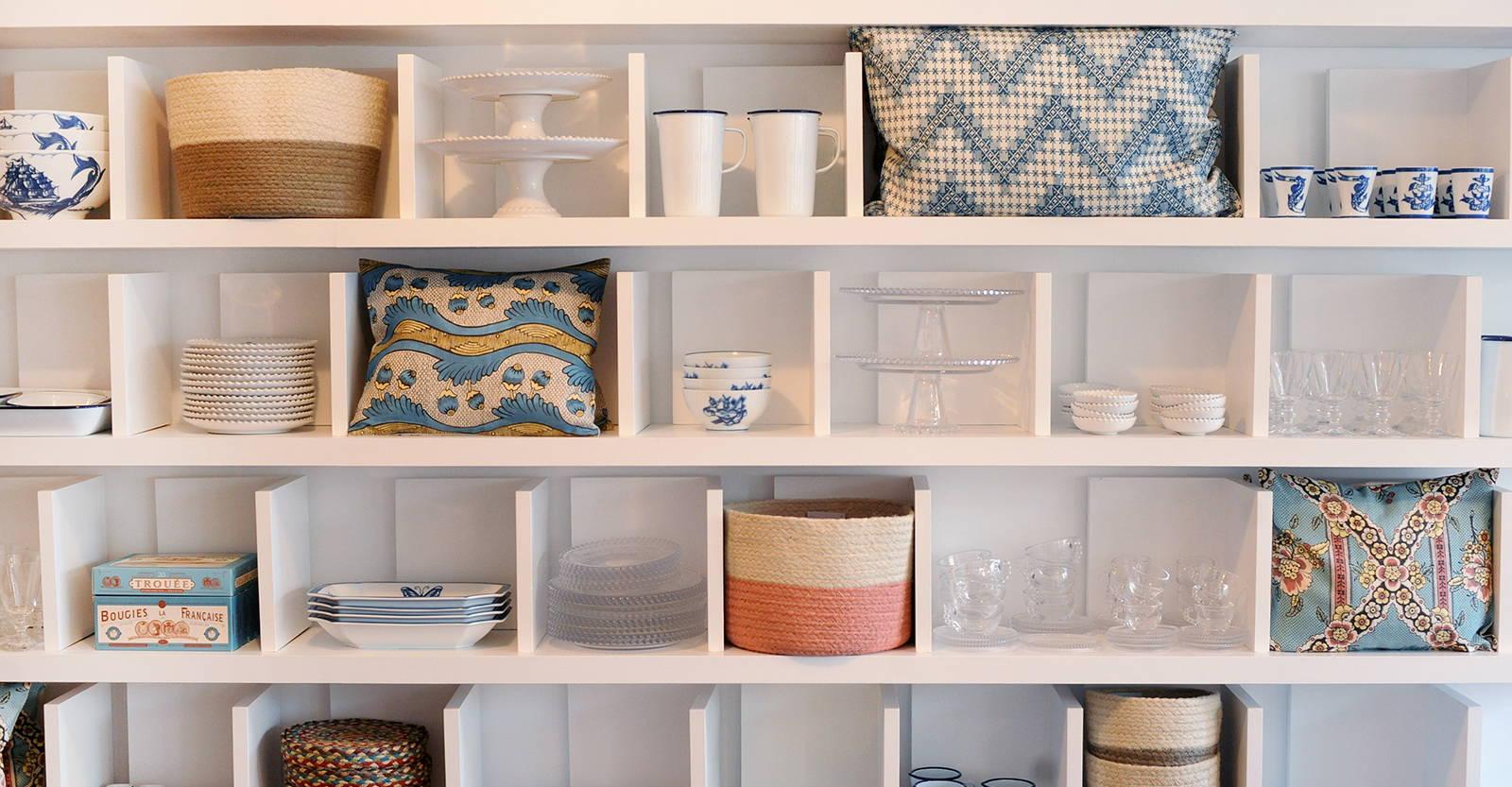 Main Shelves of Antoinette Poisson