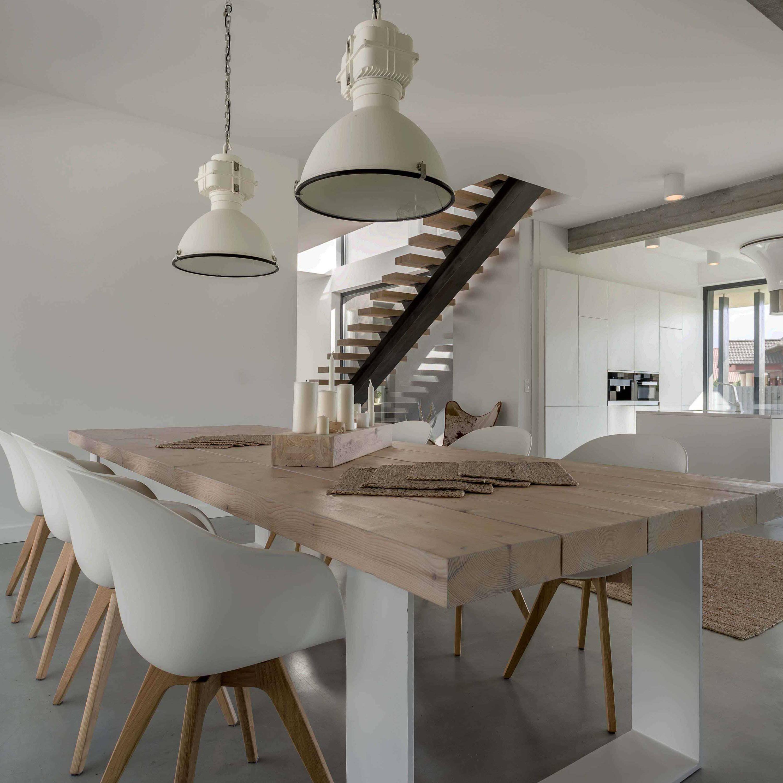 Lovingly handcrafted livingroom furniture boast design