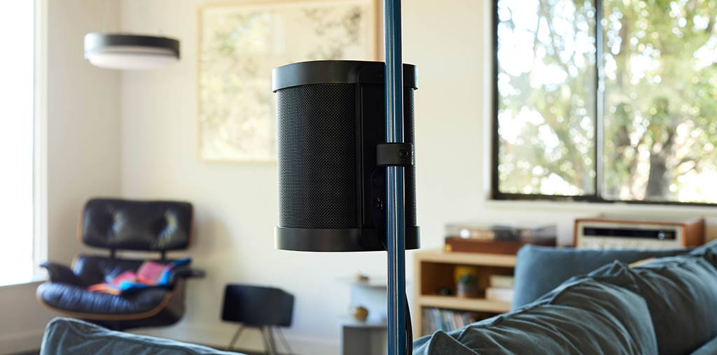 A back view of the Sonos One speaker on The Sonos One Stand.