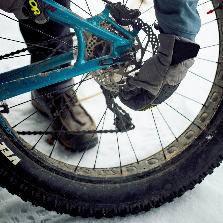 Fat bike with thru axle