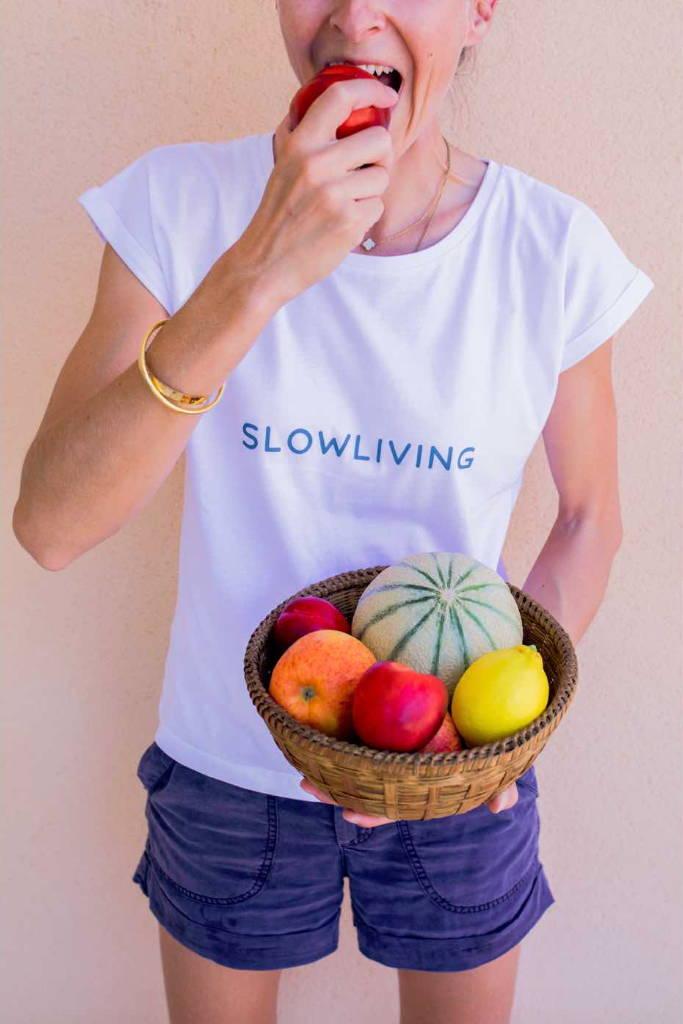 'Slow Living' Slogan Women's T-shirt