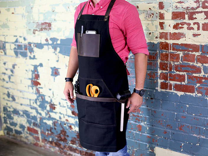 Woodworking apron with tools