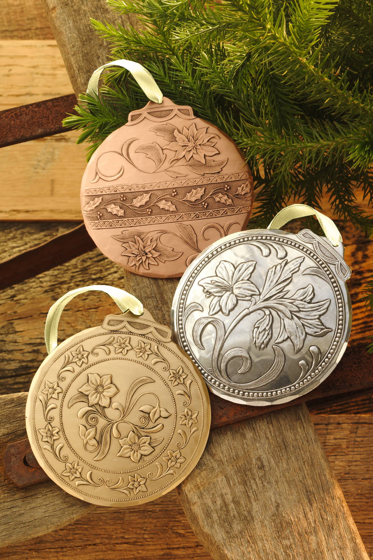 Flowers of Christmas Ornament Set