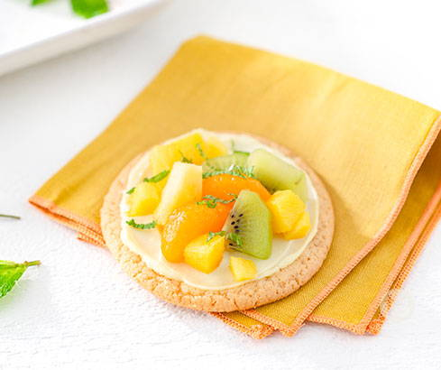 mai tai mini fruit pizzas