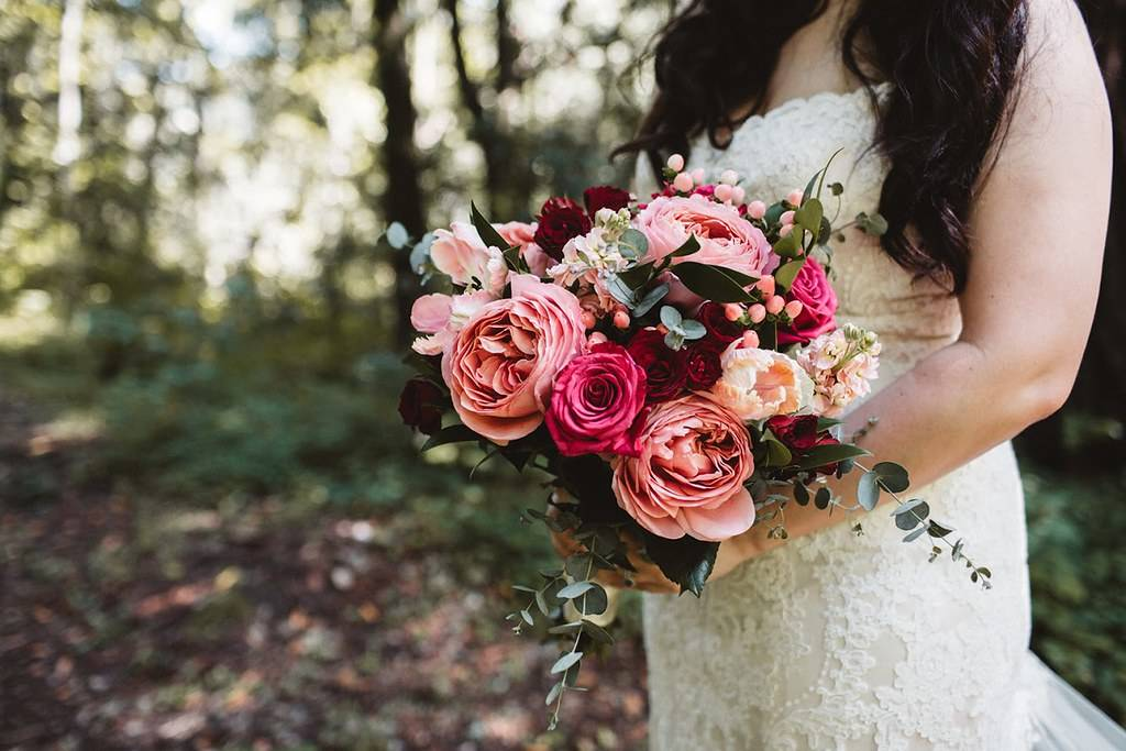 DIY BOUQUET:  Romantic Antike Garden Rose, Peach Hypericum Berries, Blueberry Roses, Rubicon Spray Roses, Eucalyptus
