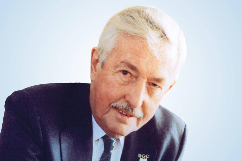 Image Of Professor A.H.Beckett OBE (1920-2010) O.B.E., B.Sc, Ph.D., D.Sc., FRPharm.S., Hon DSc.'s