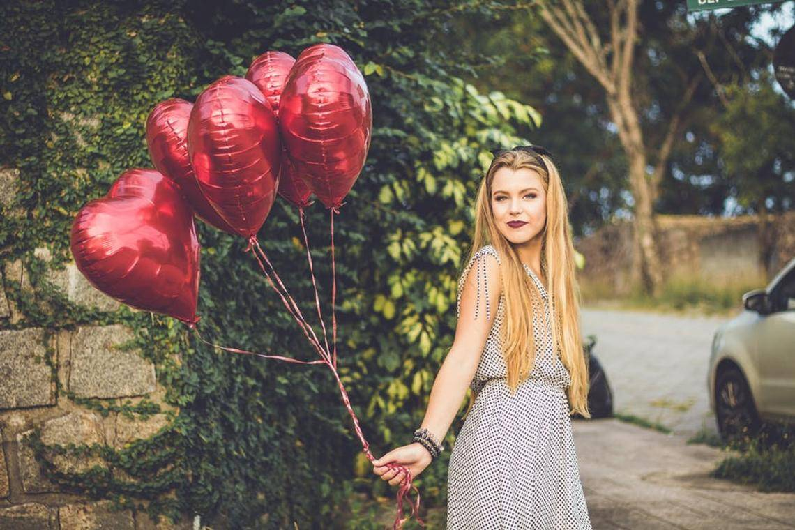Valentine's day decorations | Valentine's day ideas | Anniversary Decorations | Valentine's day Red Heart balloon Bouquet | Engagement Party