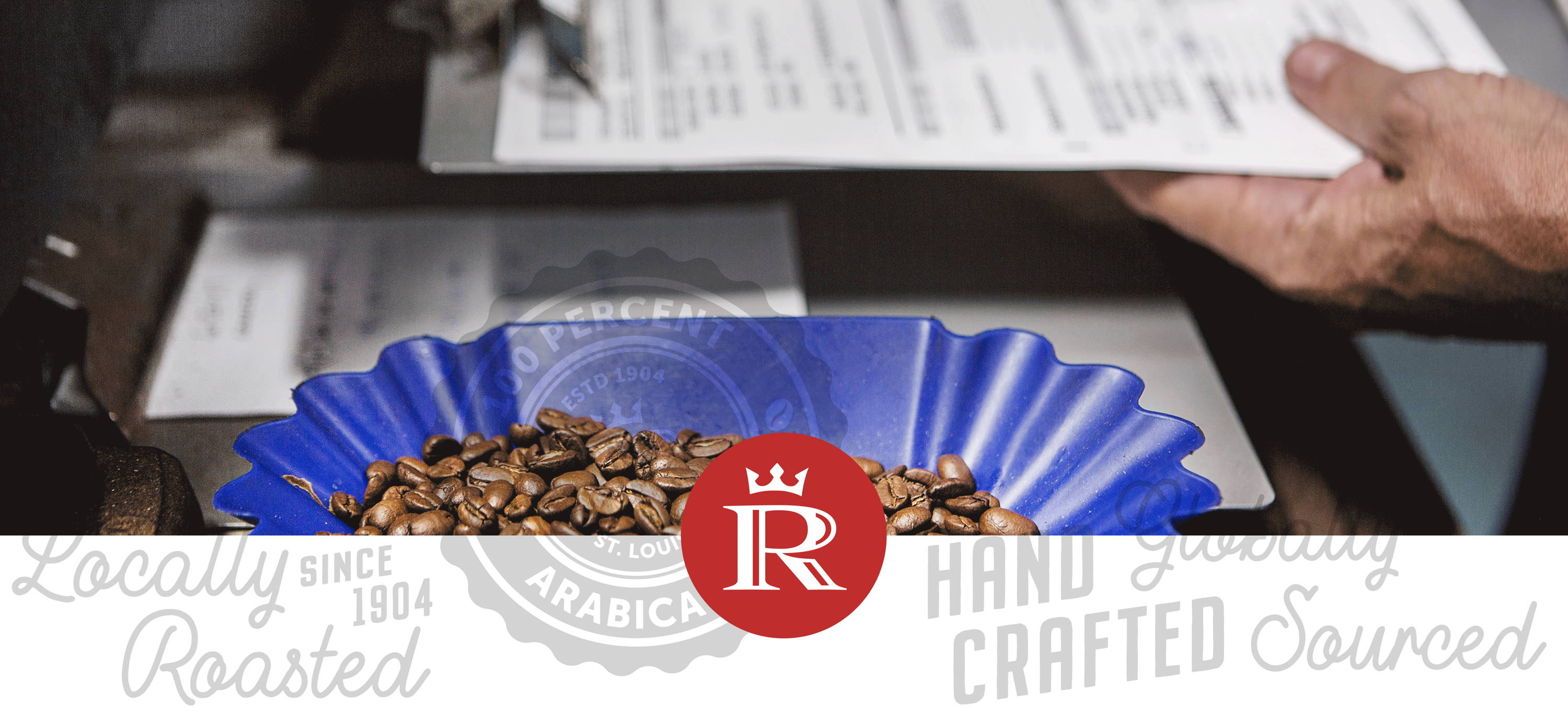 Ronnoco Coffee Beans in a Blue Tray