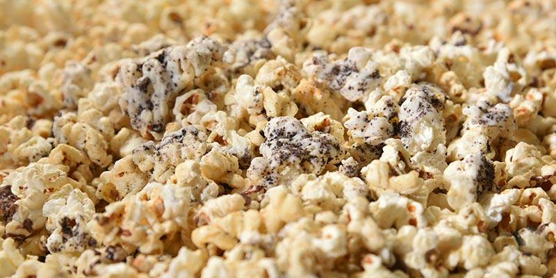 Cookies and Cream flavored Popcorn