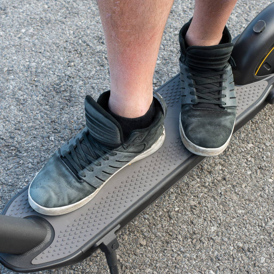 重型成人電動滑板車 G30 踏板尺寸前