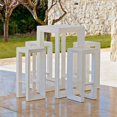 Outdoor Tables - Bar Tables