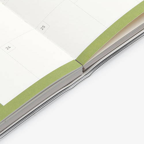 Opens flat - Dailylike 2020 Make it count today dated weekly planner diary