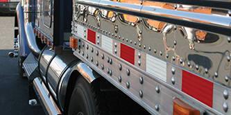 3M 983 Diamond Grade Conspicuity Tape on side of trailer truck