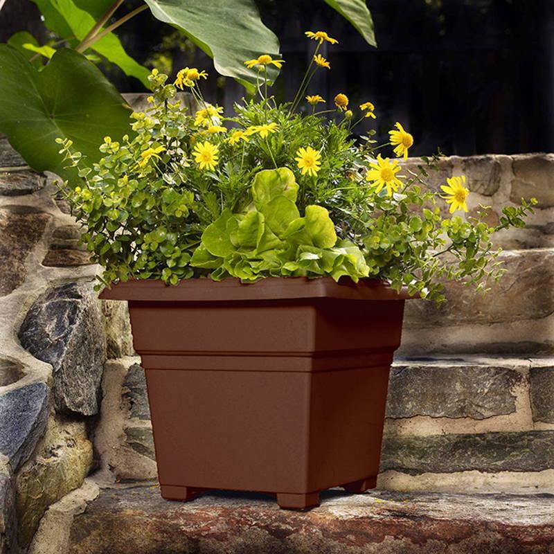 Brown countryside tub planter