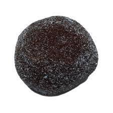 Diamant noir brut rond