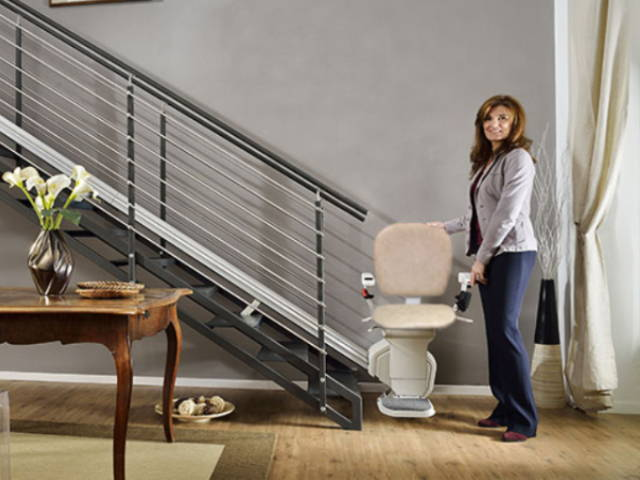 Best self install stairlift Ameriglide Platinum Horizon indoor outdoor by VIVA Mobility USA | Orlando, FL