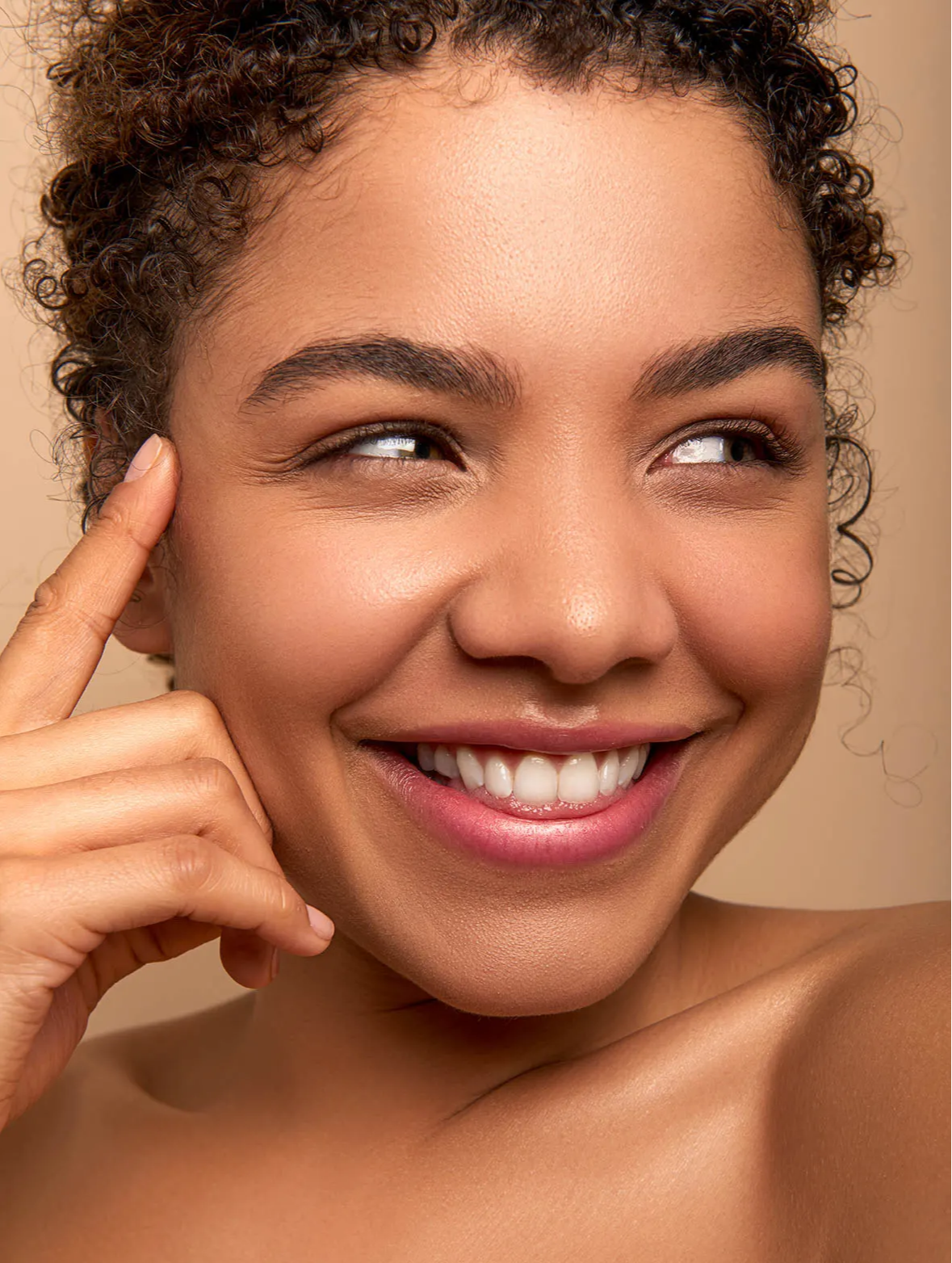 Bolt Beauty - travel skincare - skincare capsules - beautiful skin