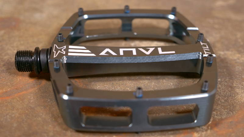 anvl anvil anvel tilt v3 pedal pedals mtb mountain bike black arctic gray grey silver