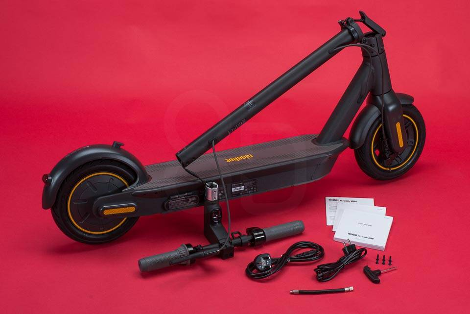 Ninebot Max G30 Electric scooter review unboxing box contents