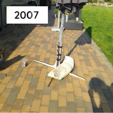 Sonnenschirmständer weißer Sandsack Prototyp Baser Terrasse