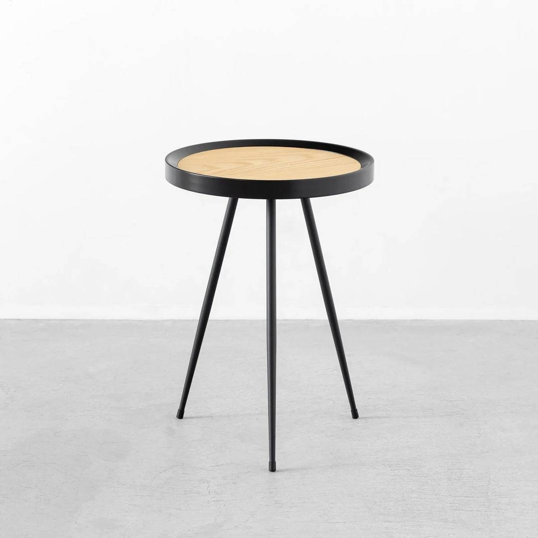 Natural - Chic 3 pins Side Table