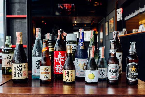 Japanese liquors including sake