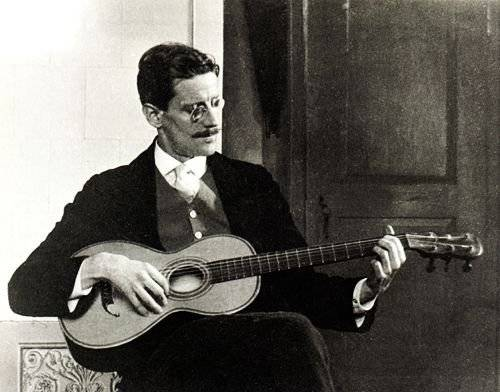 James Joyce, 1915