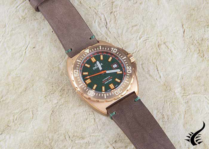 Automatic-Delma-Diver-Shell-Star-Bronze