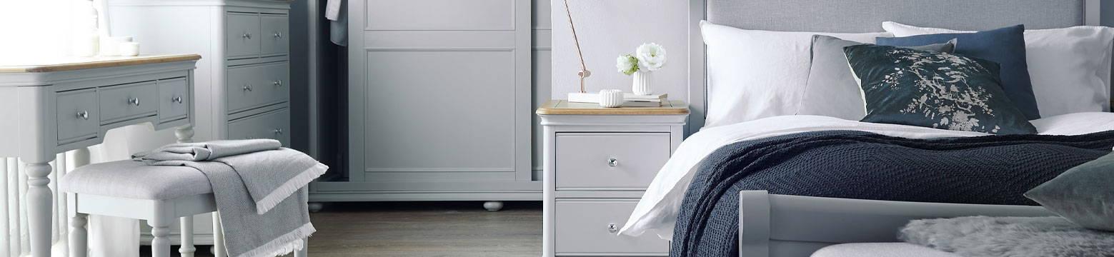 Chalford Painted & Oak Bedroom