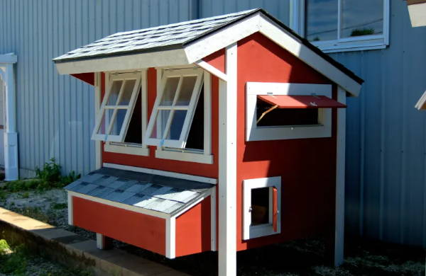 15 Easy DIY Chicken Coops You Can Build on a Budget