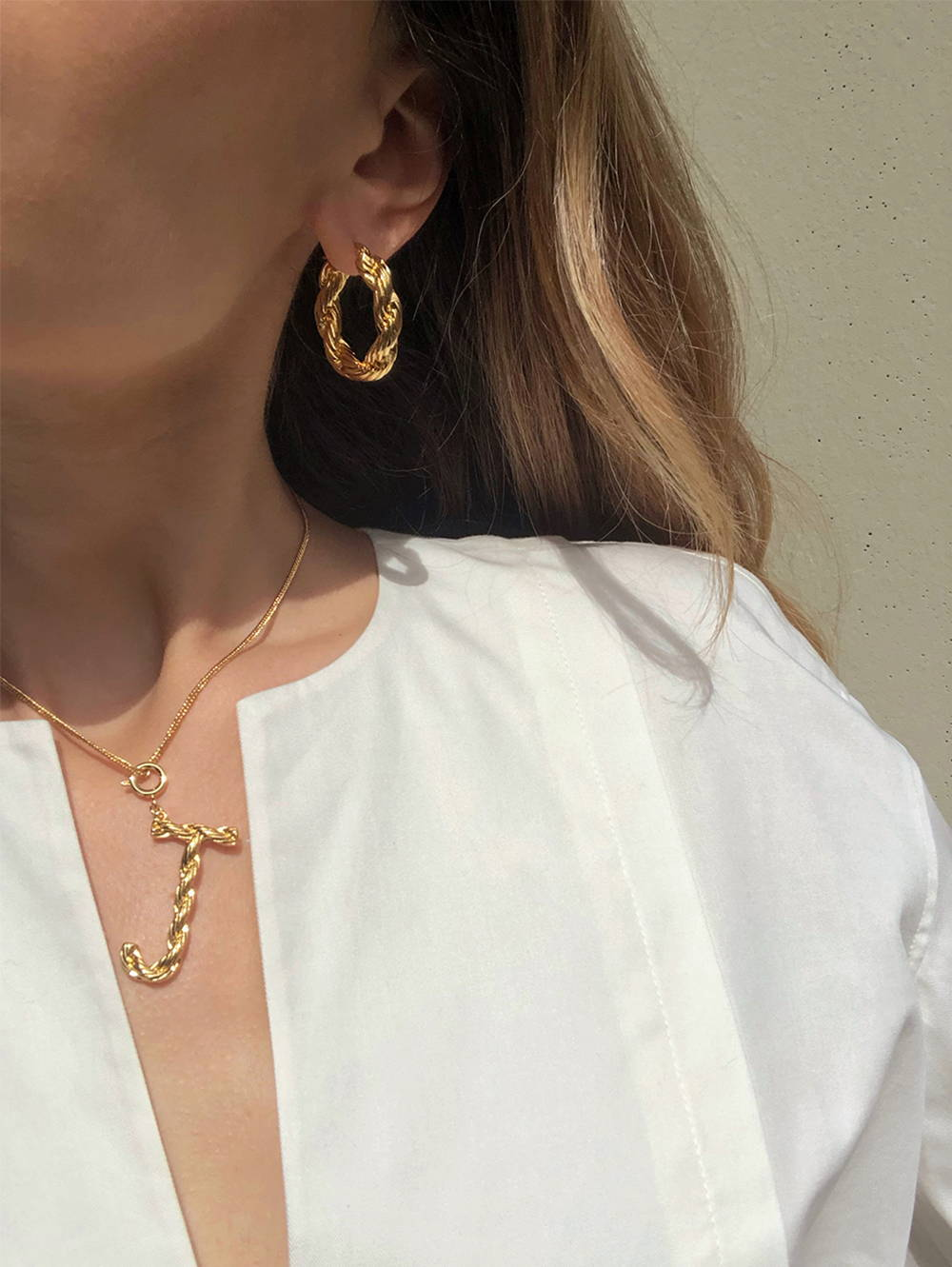 Oroton Luna Letter Charm Necklace and Gold Earring worn by Jessica Alizzi