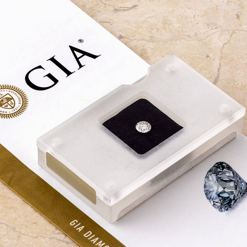Graded Diamonds