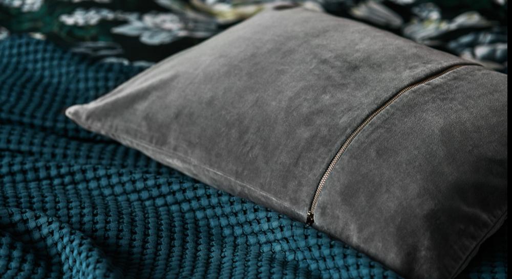 velvet cushion bedspread