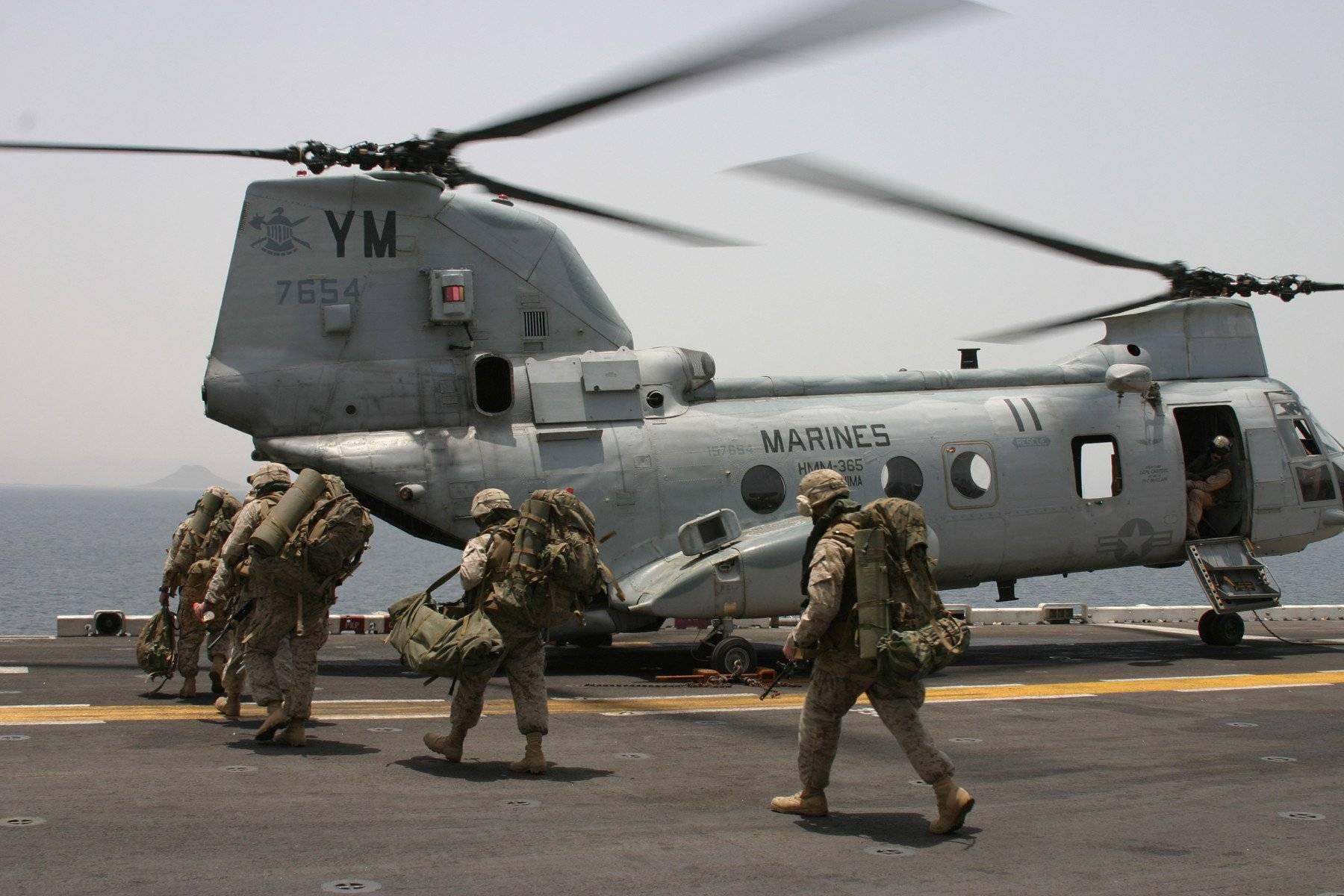 BOEING VERTOL CH-46 SEA KNIGHT