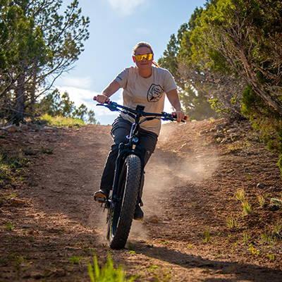 Testing the speed of a Bakcou electric hunting bike.