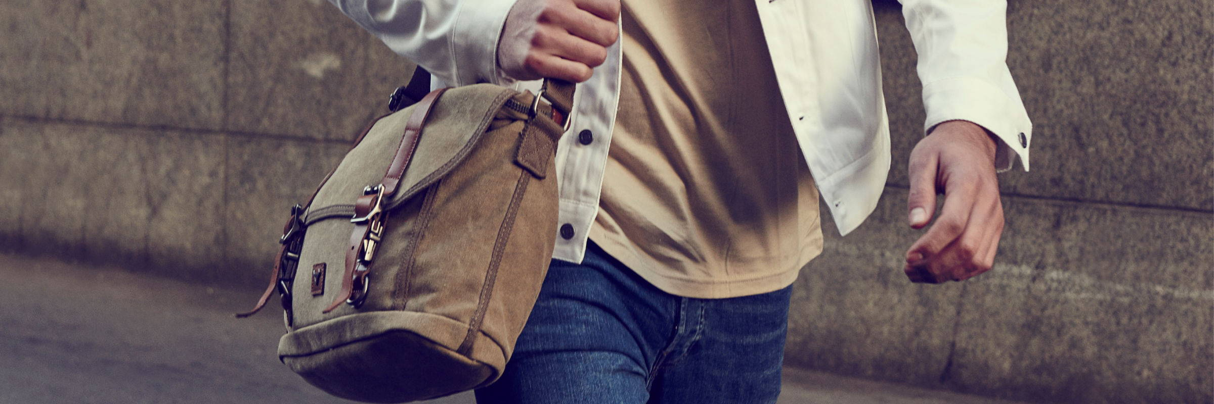 MEN'S LEATHER CROSSBODY BAGS