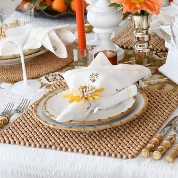 Seersucker Bohemia table