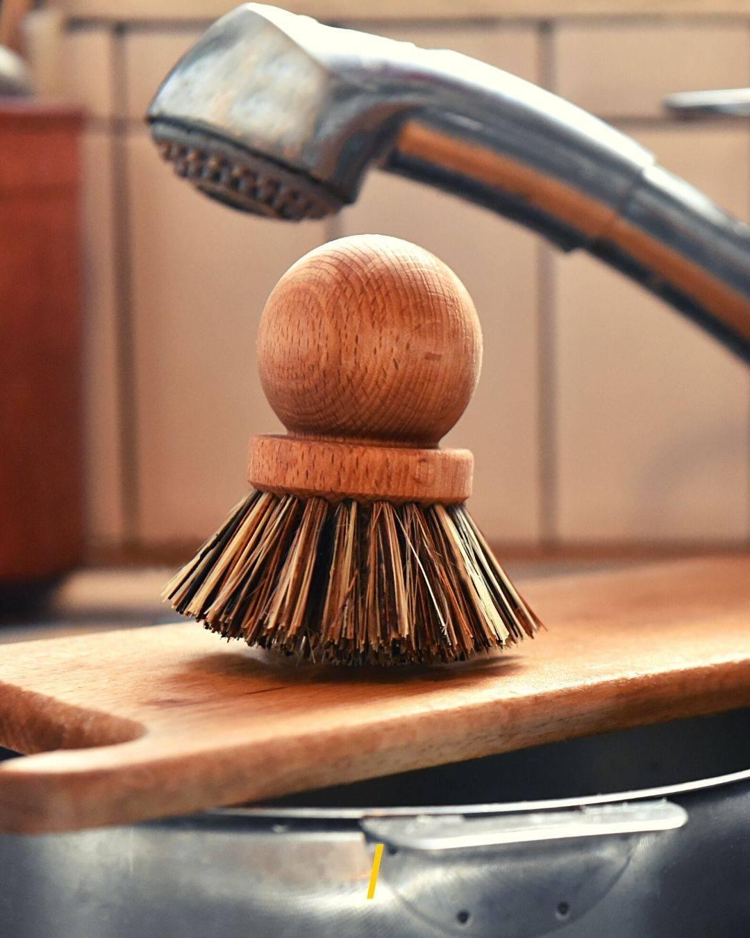 La brosse à vaisselle ecologique - Andree Jardin