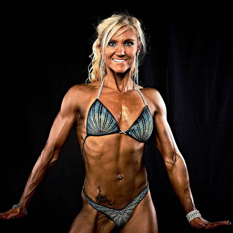semper fi body concept Natural Bodybuilding Wettkampf Coaching Schweizermeisterin Geneviève Guggisberg