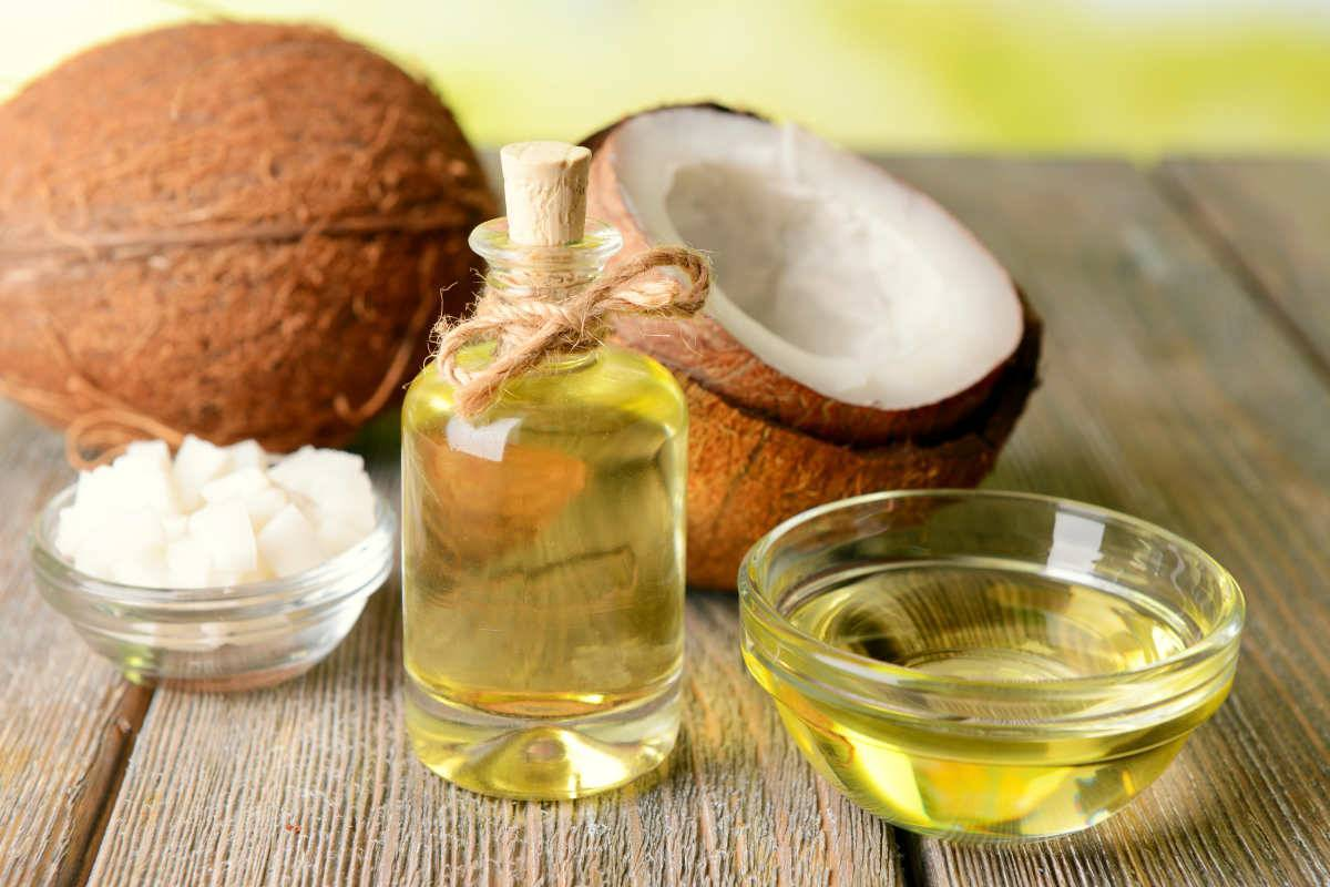 Coconut Oil for Canker Sores — How Does It Work?