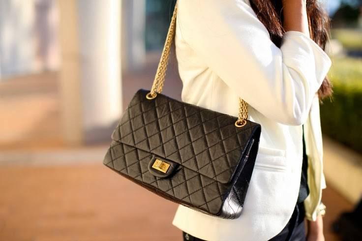 e3e8048529d427 Chanel classic Vs Reissue best investment? – Timpanys