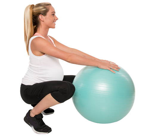 Using a birth ball and simple squate exercise to dialate
