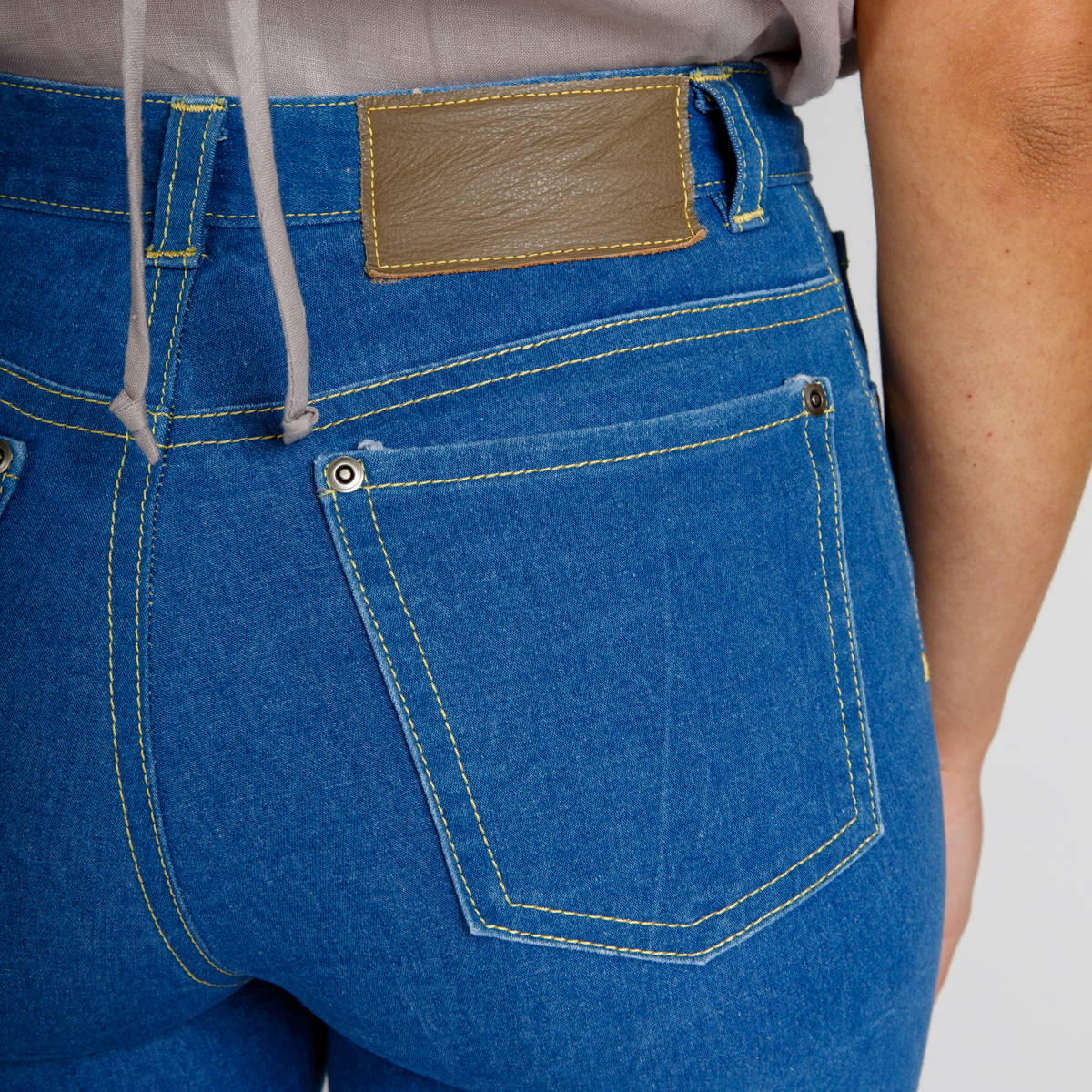 How to sew back pockets, yoke and back seam